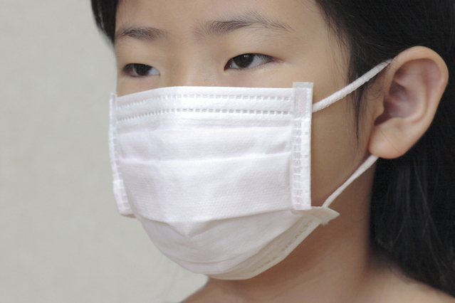 花粉症の必須アイテム、マスク