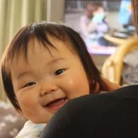 赤ちゃん笑顔