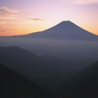 富士山の日の出間近